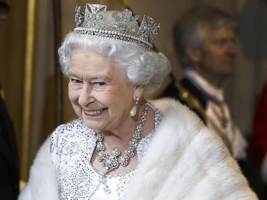 'Kraliçe öldü' mesajı ortalığı karıştırdı!