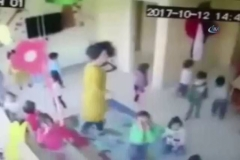 Kreşte şiddet kamerada