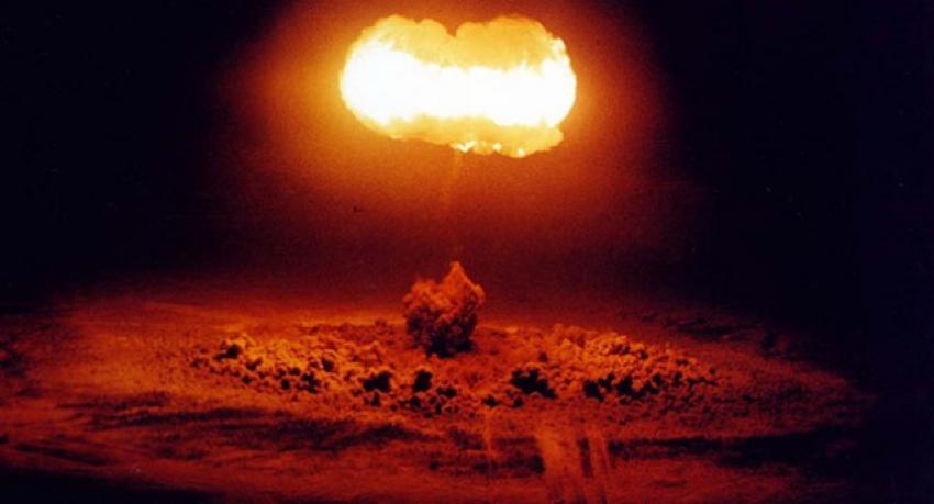 Rusya'ya nükleer saldırıya geçelim!