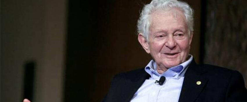 Lederman Nobel Ödülü'nü sattı
