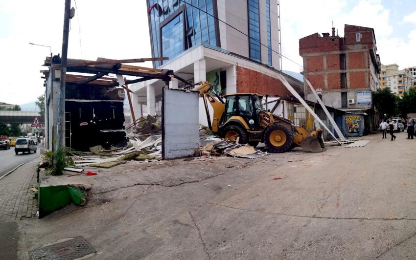 Ankara Caddesi'nden Gökdere'ye lambasız geçiş