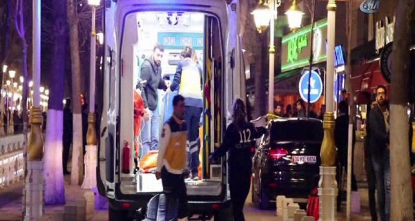 Kafede silahlı çatışma: 3 ölü, 9 yaralı
