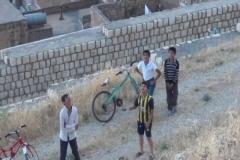 Mardin'de uçurtmadan şeker yağdı