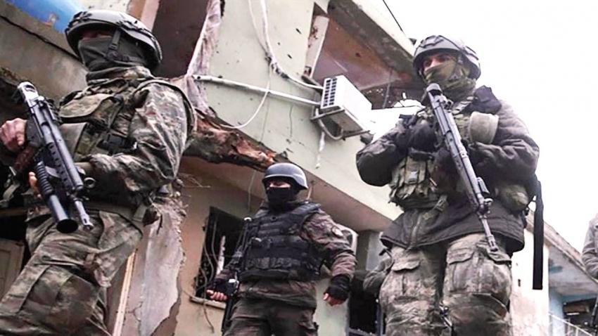 Beş terörist kıskıvrak yakalandı