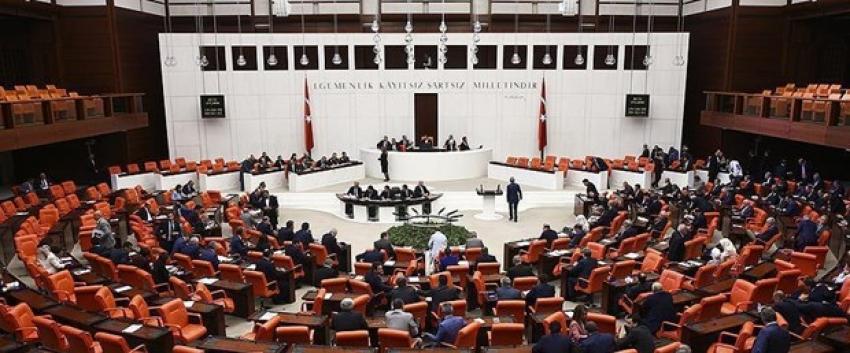 Meclis İçtüzük değişiklik teklifi komisyonda kabul edildi