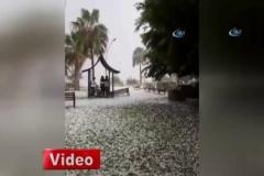 Mersin'de dolu yağışı