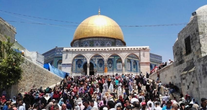 İsrail, Mescid-i Aksa'da Cuma namazını yasakladı