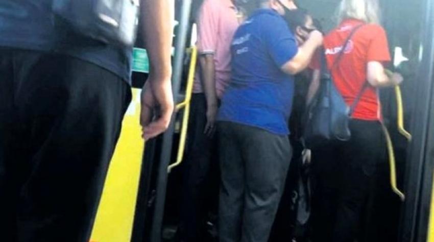 Kadın polisi metrobüste taciz etti
