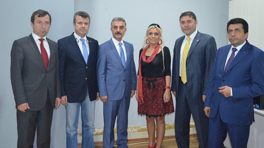 MHP milletvekili adaylarındanbursa.com'a hayırlı olsun ziyareti