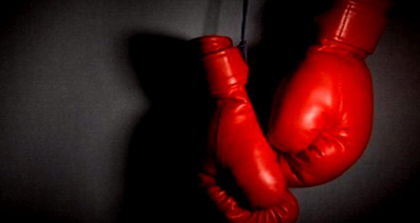 Milli boksörümüz yarı finalde!