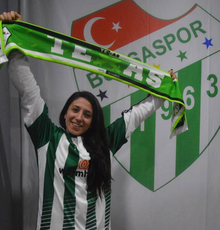 Güzel, hırslı ve Bursasporlu : Müge OCAKÇI