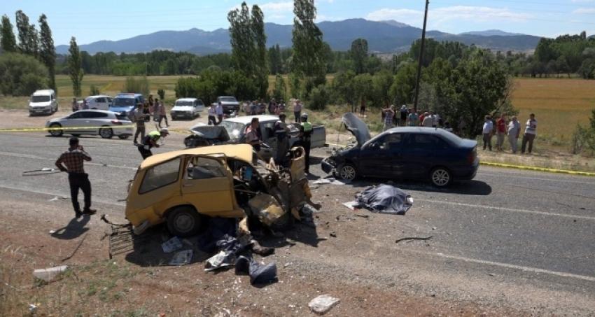 Muğla'da zincirleme kaza: 3 ölü, 4 yaralı