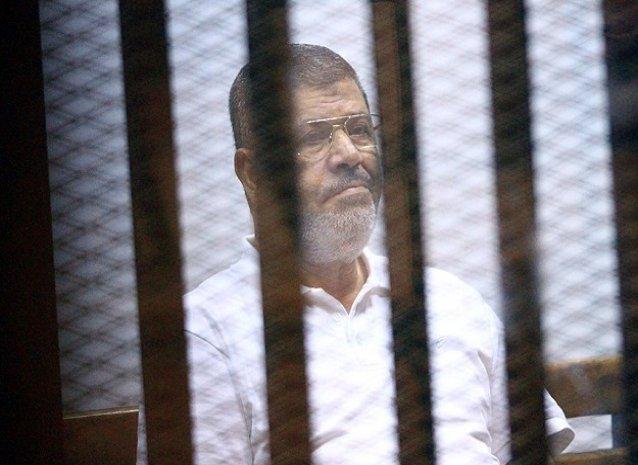 Mursi'nin 20 yıl hapis cezası alması...