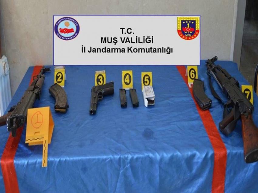 Muş'ta terör operasyonu: 3 gözaltı