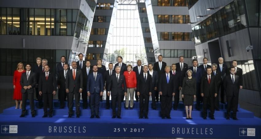 Erdoğan, NATO Zirvesi'nde aile fotoğrafı çekimine katıldı