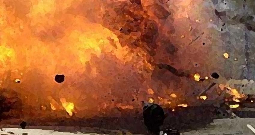 Akaryakıt tankeri otobüs durağına çarptı: 70 ölü