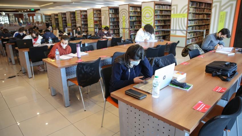 Nilüfer Kütüphaneleri'nde pandemi önlemleri altında hizmet