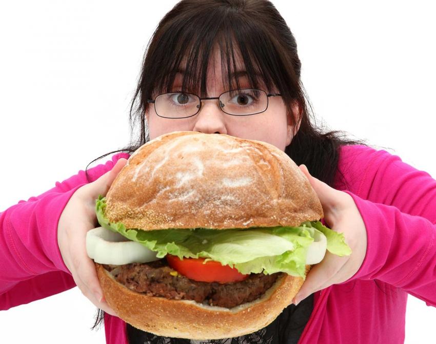 Obeziteden korunmak için öğün atlamayın