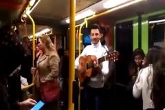 Öğretmenler Günü'nde Bursa metrosunda müzik dinletisi