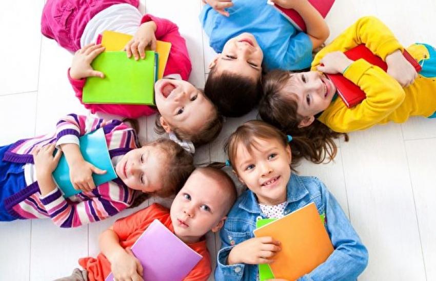 Okul korkusu yaşayan çocukların ebeveynlerine 12 öneri