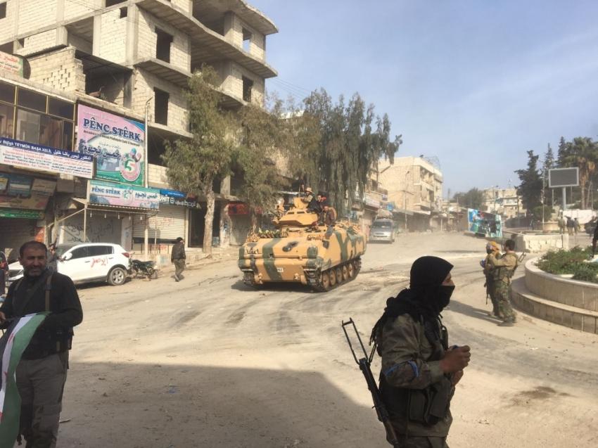 ÖSO Afrin'de bir mahallede kontrolü sağladı