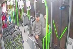 Otobüs şoförü ateşlenen çocuğu acile böyle yetiştirdi