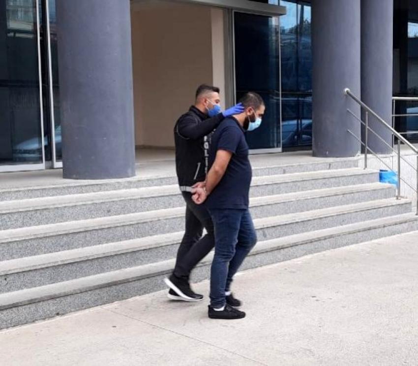 Bursa'da 2 kilo esrarla yakalandı