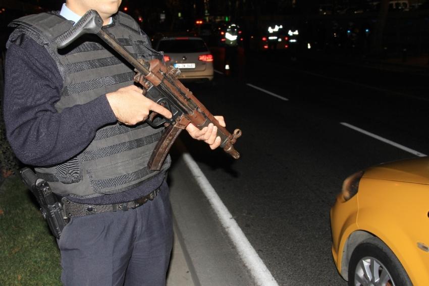 İstanbul'da hareketli dakikalar: Özel harekat sevk edildi