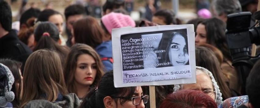 """""""Özgecan yasası"""" teklifi Meclis Başkanlığı'na sunuldu"""