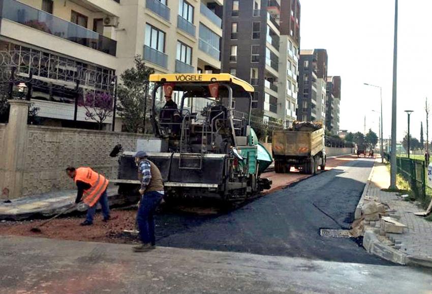 Osmangazi'de asfalt mesaisi sürüyor