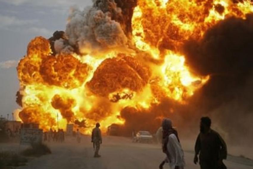 Benzin istasyonunda patlama! 78 ölü