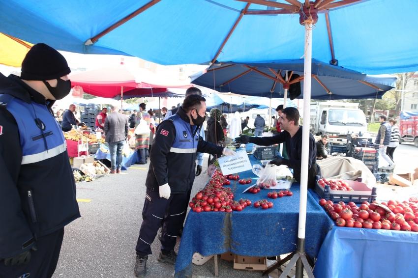 Nilüfer'in pazarlarında Koronavirüs önlemi