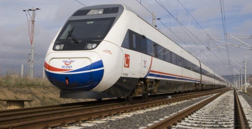 Sosyal medyada hızlı trene isim aranıyor