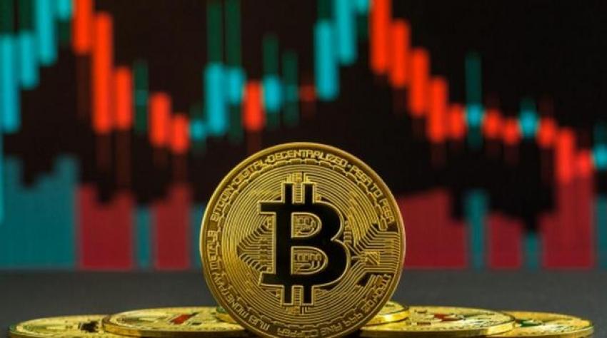 Bitcoin ve Ethereum bir günde yüzde 10 değer kaybetti