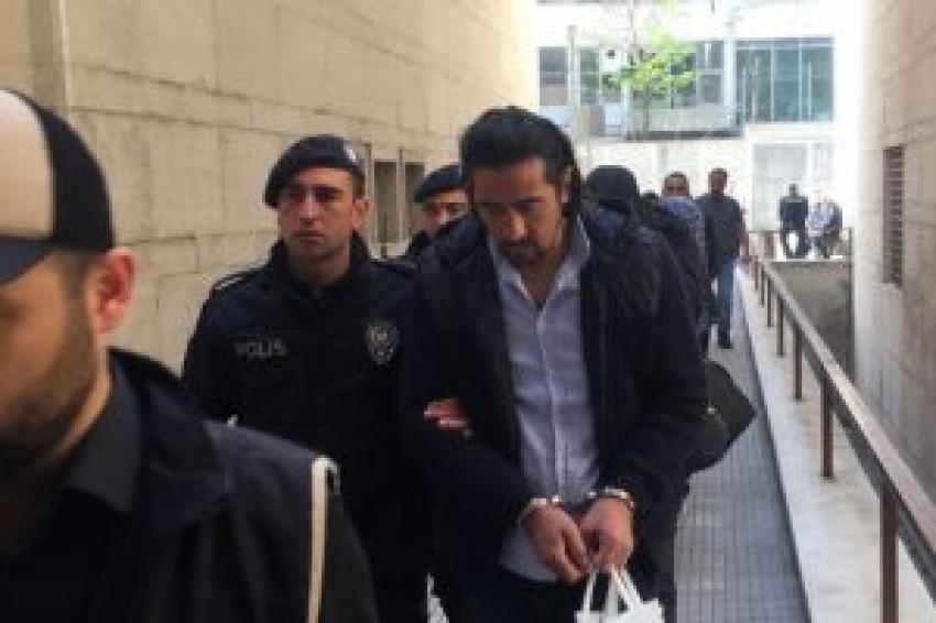 Bursa'da o polislere tahliye!