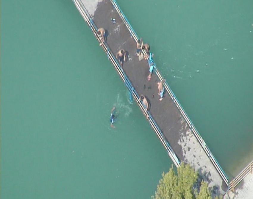 Sulama kanalında helikopter destekli operasyon