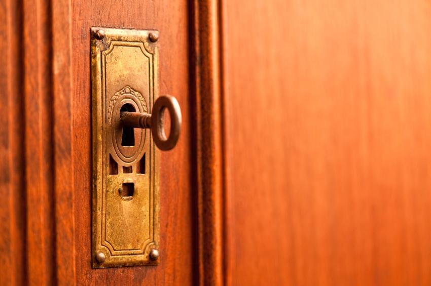 Bursa'da anahtarı kapının üzerinde bırakınca...