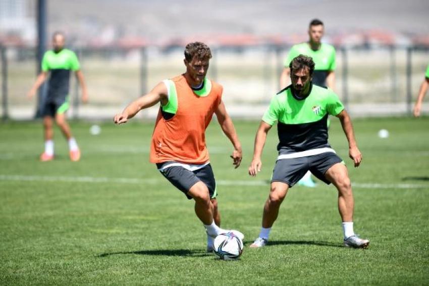 Bursaspor, kamp çalışmaları için Bolu'ya gidecek