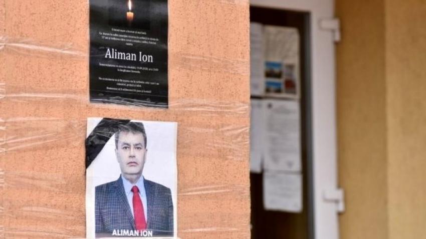 Belediye başkanı koronavirüsten ölmesinden iki hafta sonra yeniden seçildi