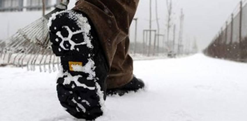 Karda yürümenin keyfini çıkarın