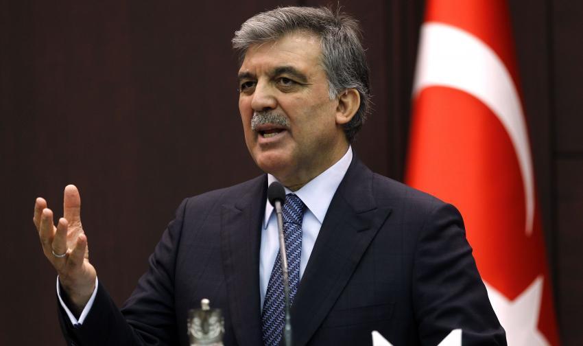 """Abdullah Gül'den """"Mursi'ye idam"""" yorumu"""