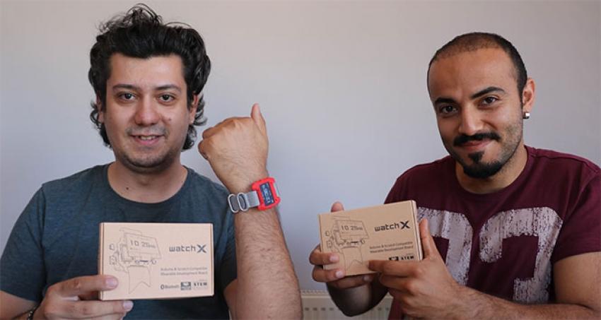 Geliştirdikleri akıllı saate 45 ülkeden talep yağıyor