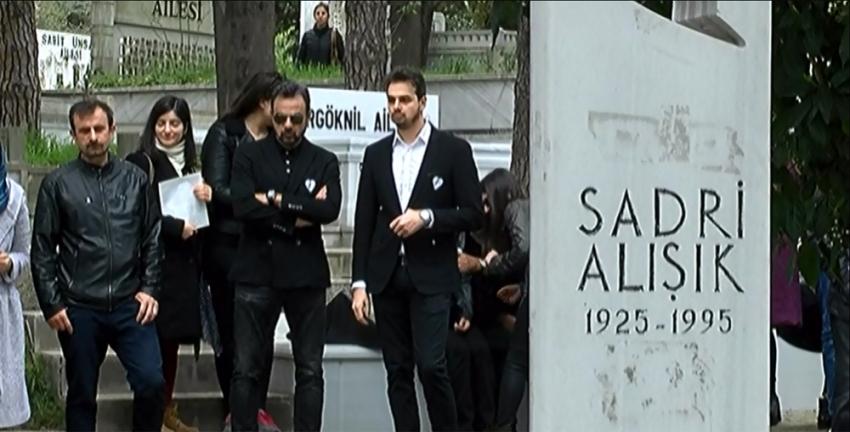 Sadri Alışık ölüm yıl dönümünde mezarı başında anıldı