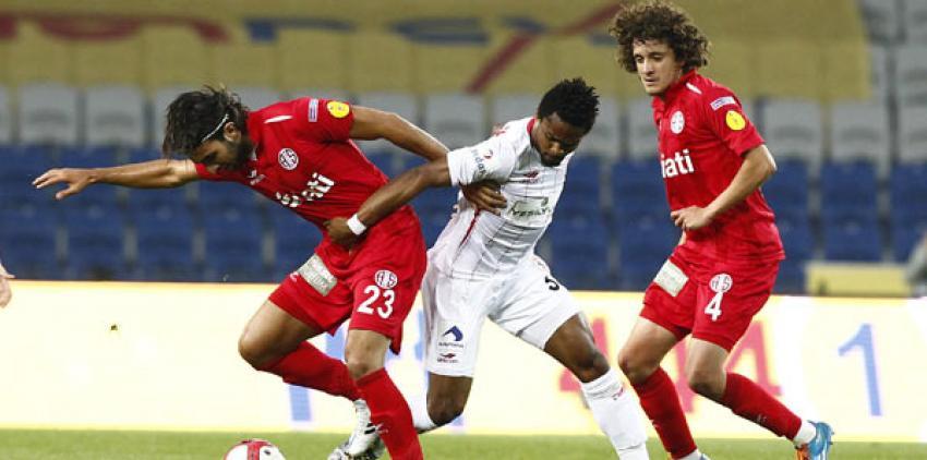 Süper Lig'in yeni takımı Antalyaspor oldu