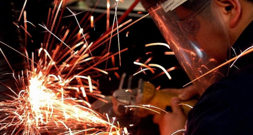 Sanayi üretimi Nisan'da yüzde 6,2 arttı