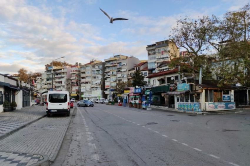 Gemlik sokakları boş kaldı