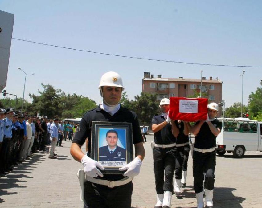 Polisi şehit eden kaçakçı değil, PKK'lı çıktı