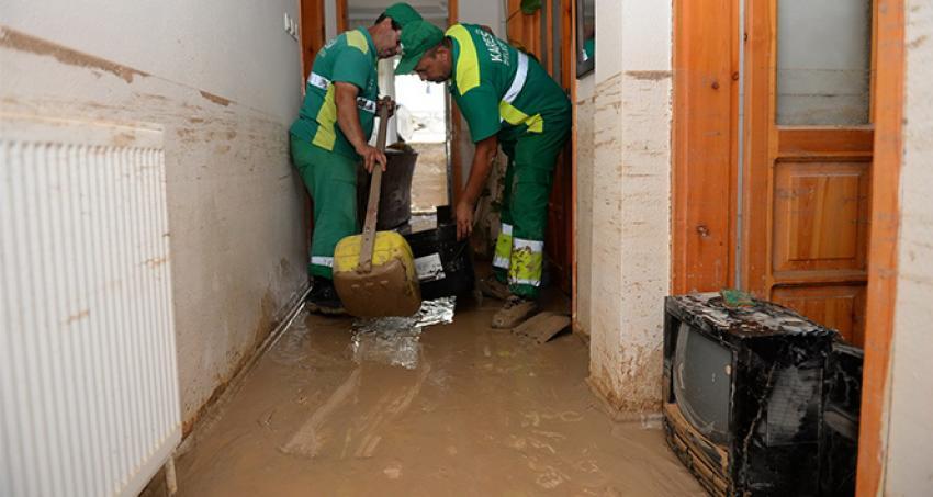 Sel felaketinin yaraları sarılıyor
