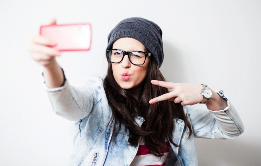 Selfie Çılgınlığı Estetiğe Olan İlgiyi Artırdı!