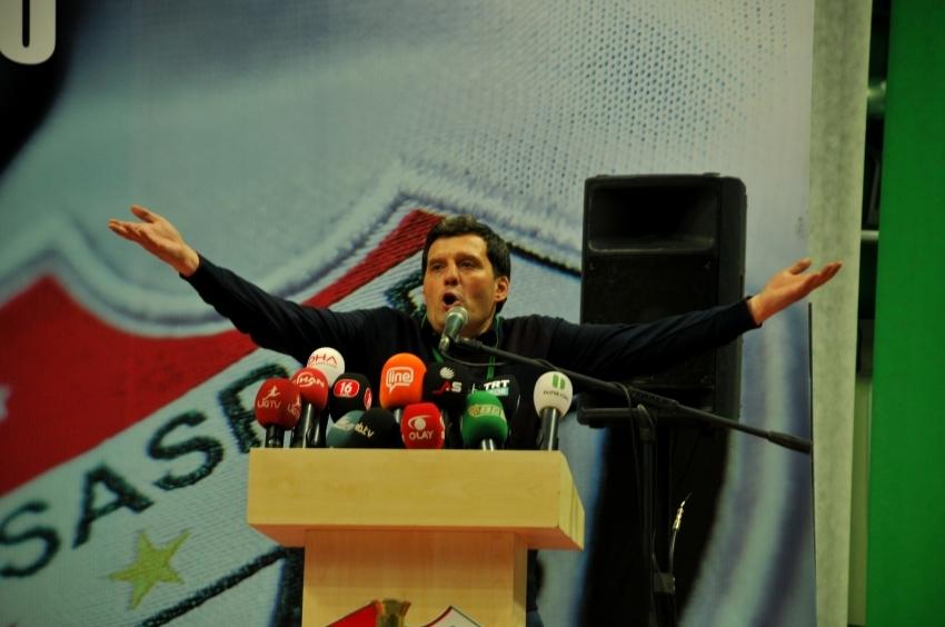 """Selim Kurtulan """"Bu kongre üyelerinin suçu!"""""""